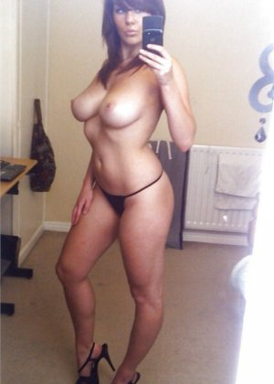 Эротические селфи девок - фото 15