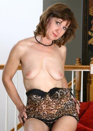 Женщина в 51 год еще имеет некую сексуальность и безумно хочет ебли - фото 13