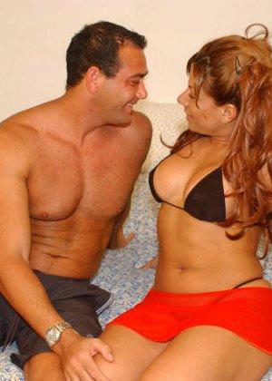 Телка познакомилась на пляже, пригласила мужика в номер и получила сперму на лицо после минета - фото 6