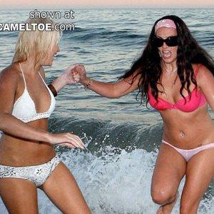 Бритни Спирс не подозревает, что ее снимают, получаются хорошие любительские снимки со звездой - фото 6
