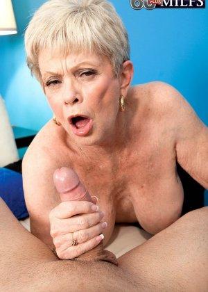 В 65 лет она продолжает ебаться как кошка - фото 3
