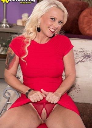 Без сожаления, зрелая блондинка изменяет мужу - фото 7