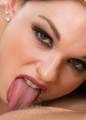 Придя на массаж молодая женщина не думала, не гадала, что станет лесбиянкой - фото 2