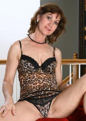 Женщина в 51 год еще имеет некую сексуальность и безумно хочет ебли - фото 12