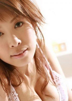 Соло азиатки смотреть одно удовольствие, особенно, если Шизуко Натсукава показывает вагину и пышные сиськи - фото 4
