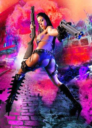 Джессика вооружена и очень опасна - фото 16