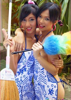 Молодые тайские горничные показывает волосатые промежности - фото 10