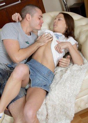 Красивый домашний секс всегда возбуждают, особенно если действующие лица искренни и симпатичны - фото 11