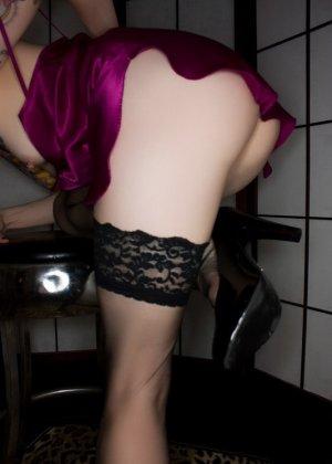 Блеклин Ребелл – худая татуированная шлюшка с бритой вагиной и аккуратными сочными дырками - фото 1