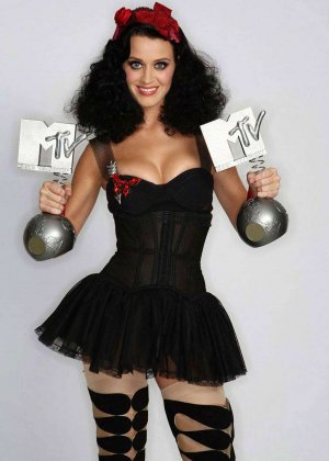 Katy Perry - ������� 2573263