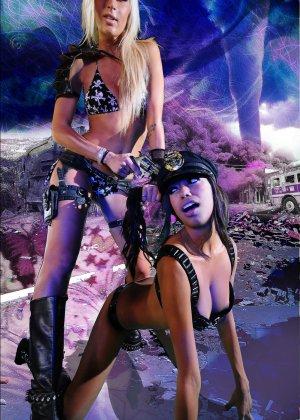 Красотка Дженифер на съемках фантастического порно фильма со своей подругой лесбиянкой - фото 11
