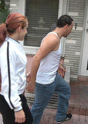 Латина согласилась на трах с незнакомцем, похваставшимся ей большим хером и пообещавшим много удовольствия - фото 8