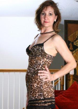 Женщина в 51 год еще имеет некую сексуальность и безумно хочет ебли - фото 7