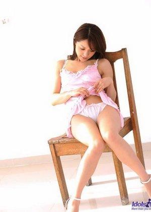 Японская девушка Михиро показала волосатый лобок - фото 8