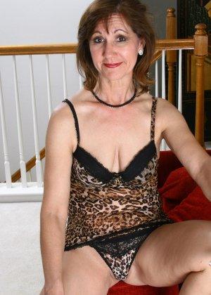 Женщина в 51 год еще имеет некую сексуальность и безумно хочет ебли - фото 9