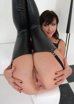 Алиса готова к анальному сексу - фото 12