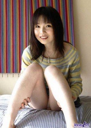 Азиатская модель Канан Каваил показывает свои прелести - фото 8