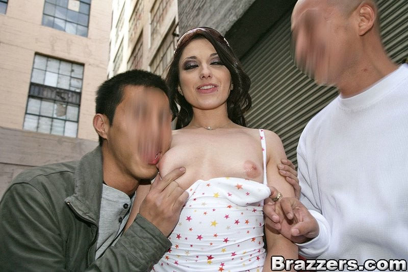 Случайный секс на улице