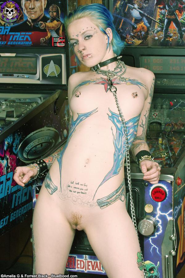 Фото голых девушек панков
