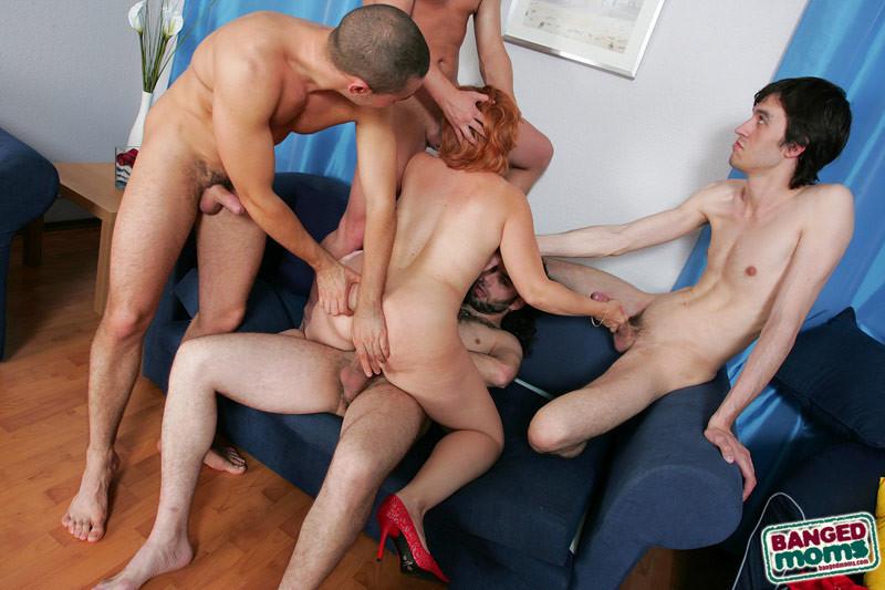 групповой секс фото онлайн