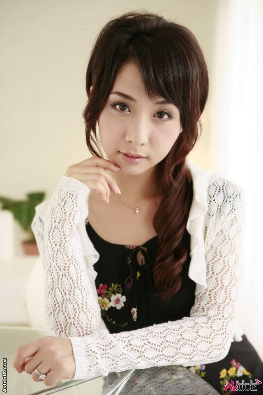 Красивая девушка азиатка