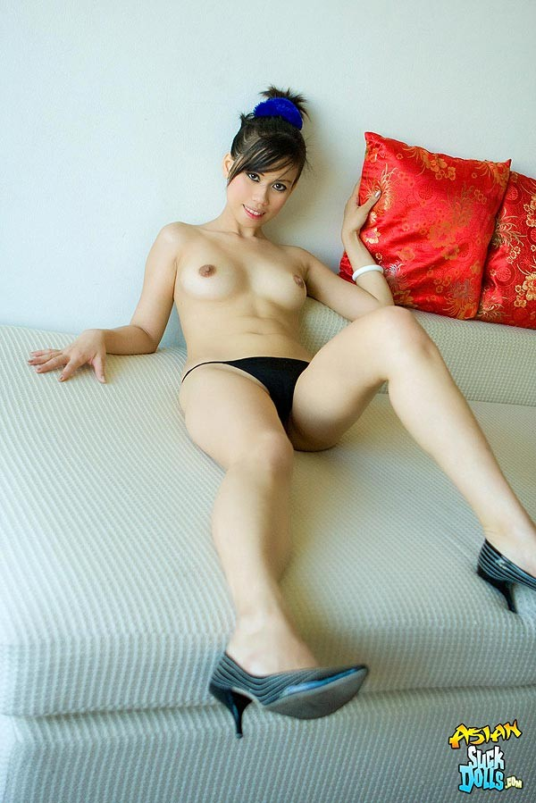Красивая киска азиатки