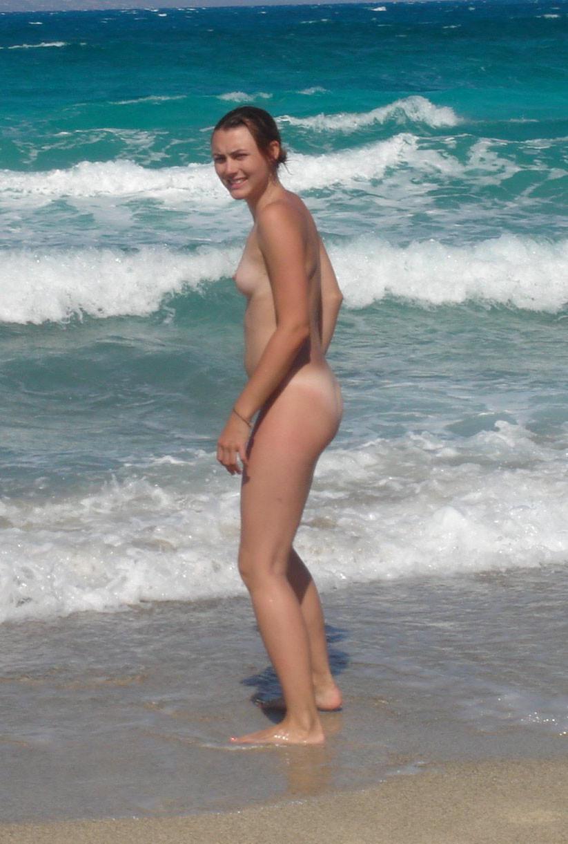 Обнаженные влагалища на пляже
