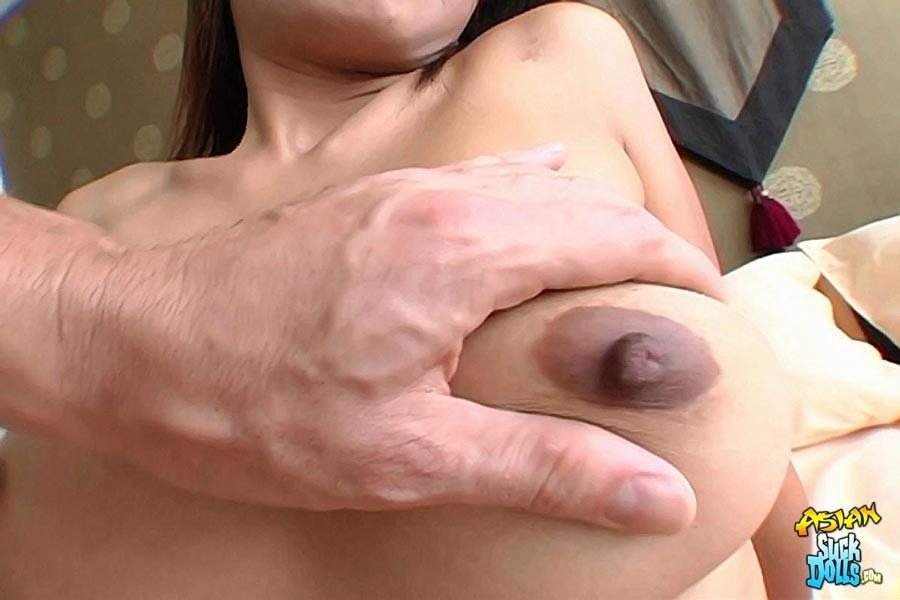 Порно фото темные соски