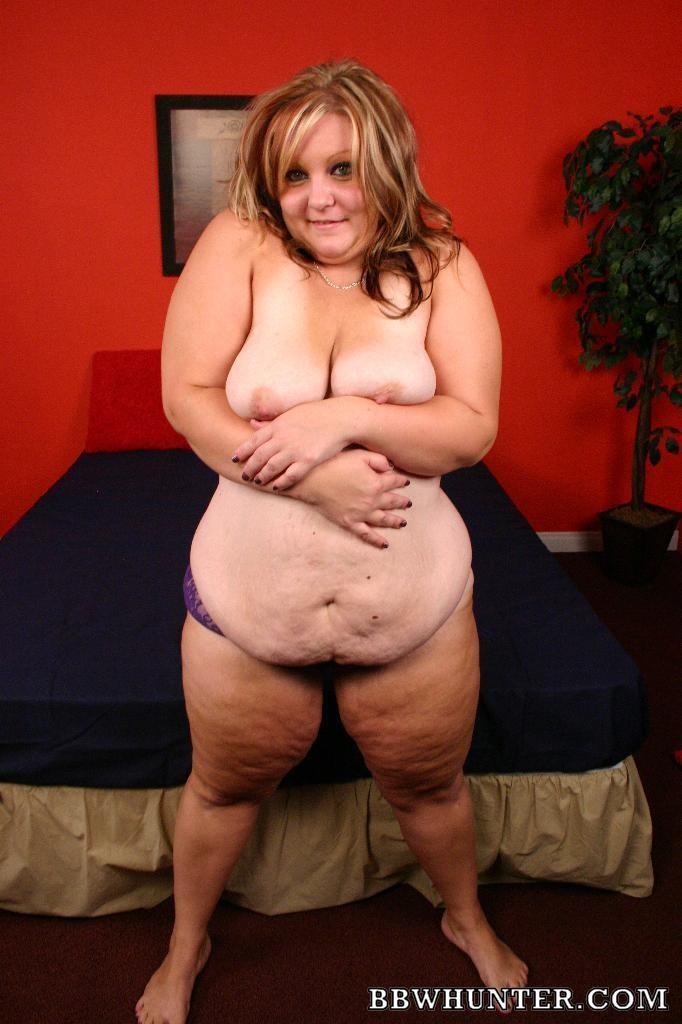 Толстая дама ебется с негром