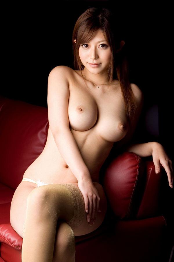 Красивые азиатки с большими сиськами