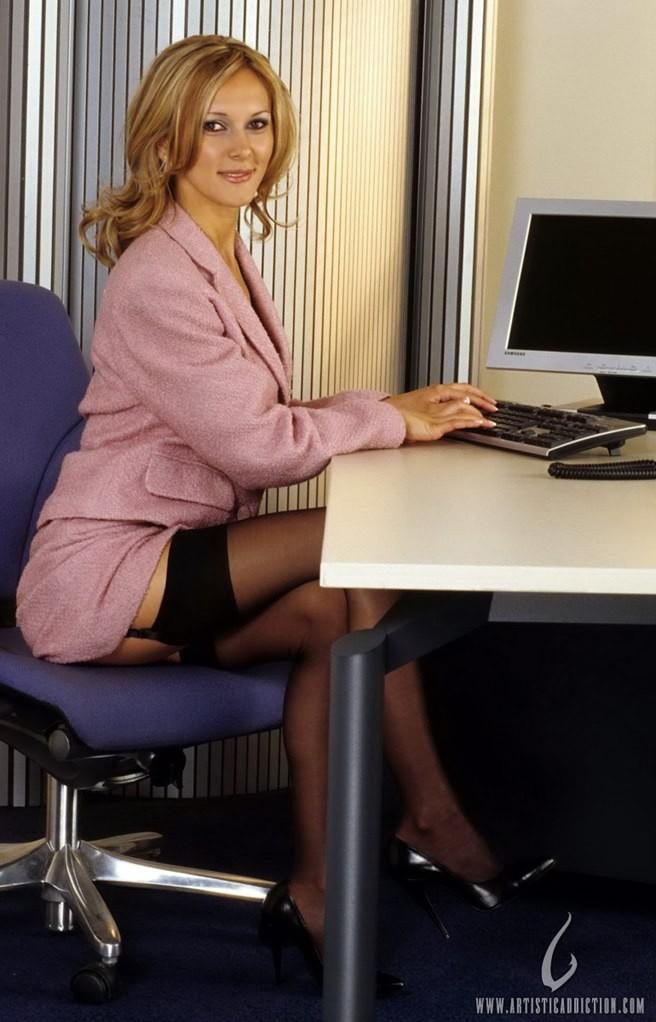 Скрытые страсти секретарши