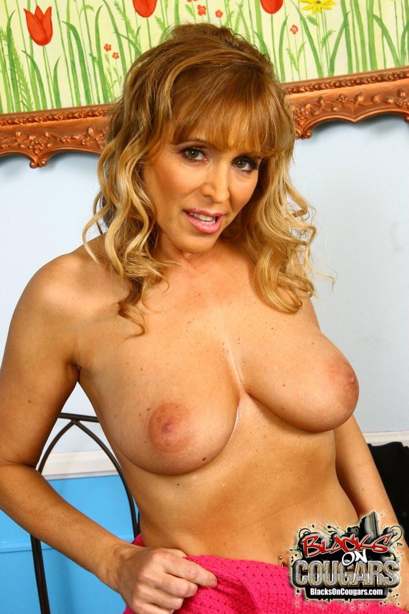 Nicole Moore - Галерея 3332331