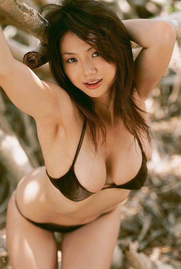 Голые азиатские подружки