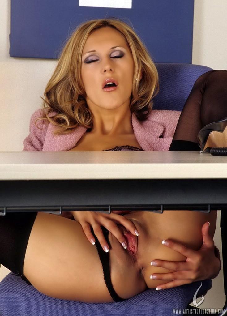 секретарша фото эротика