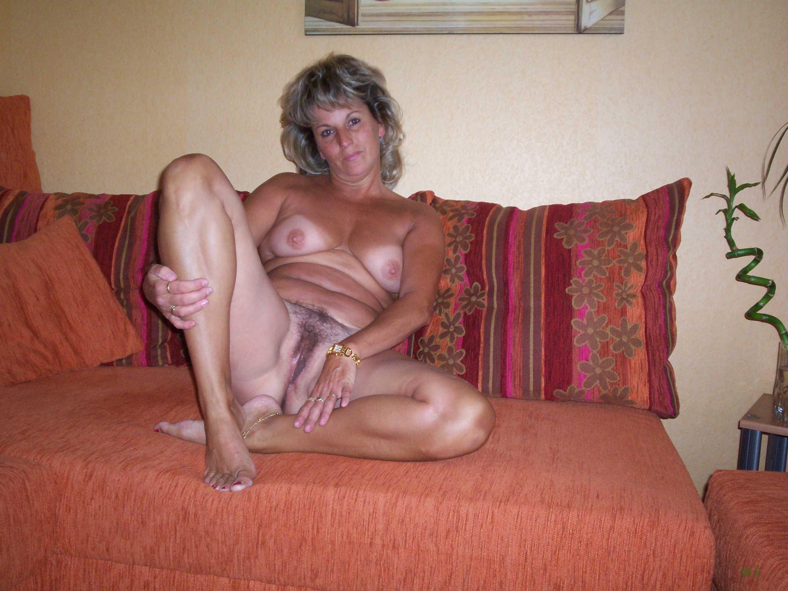 Частное фото бабы в возрасте 22 фотография