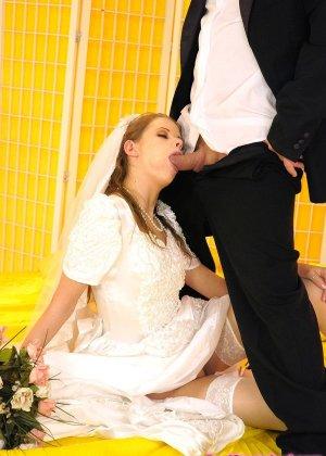 Анал с невестой - фото 7