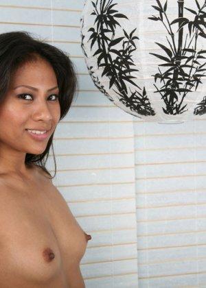 Секс гика и красивой зрелой азиатки - фото 1