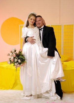 Анал с невестой - фото 3