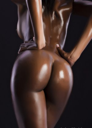 Сексуальная голая негритянка - фото 8