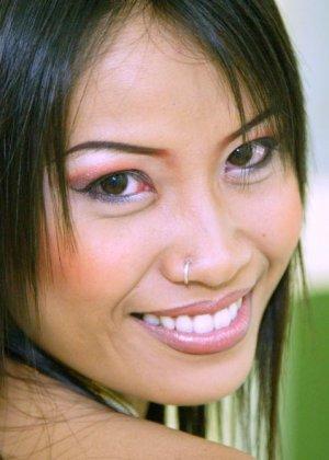 Голая худая азиатка - фото 9