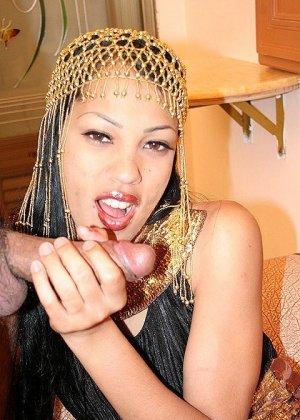 Секс с красивой азиаткой - фото 6