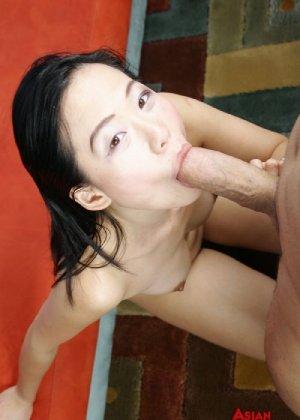 Азиатка с хорошей жопой ебется только в пизду и в рот - фото 15