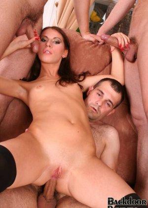 Жесткий анальный секс - фото 13