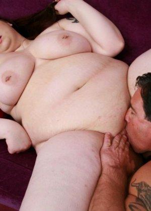 Секс с рыжей толстушкой - фото 15