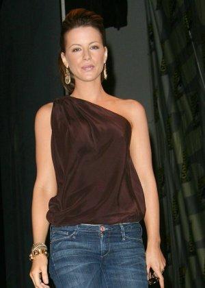 Kate Beckinsale - Галерея 2779522 - фото 16