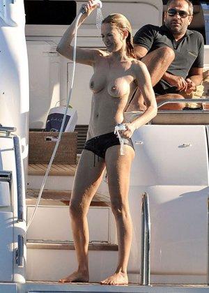 Kate Moss - Галерея 2487913 - фото 4