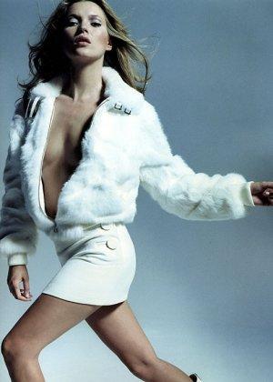 Kate Moss - Галерея 2475113 - фото 2