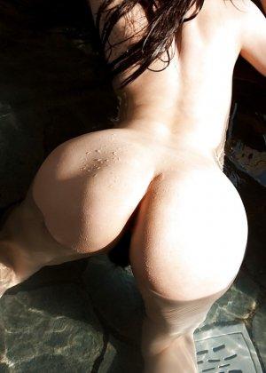 Грудастые голые азиатки - фото 9