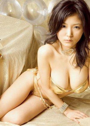 Красивые эротичные азиатки - фото 15