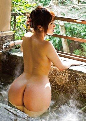 Грудастые голые азиатки - фото 17